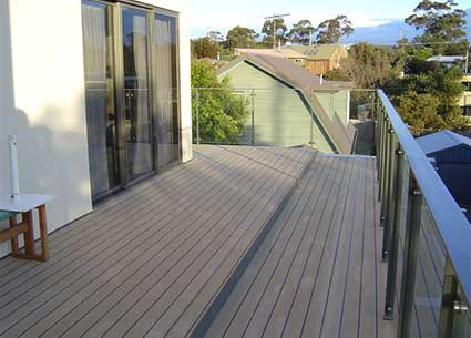 Synthetic marine decking Flexiteek
